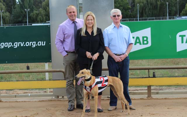 Maria Duffin with Warragul GRC Manager Adrian Scott and long-serving committee member, Alf Baker.
